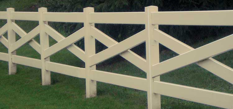 Crossbuck Style Decorative Fence