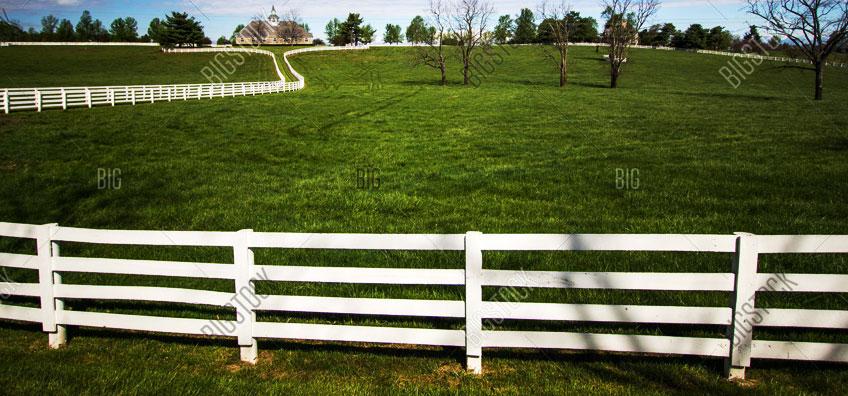 Farm Style Fence Builder S Choice Vinyl Fencing