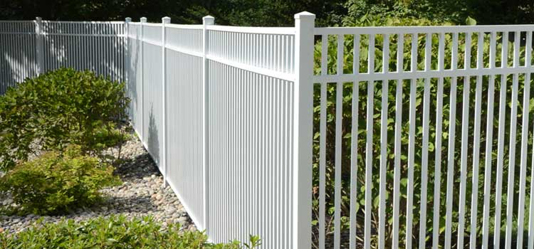 Tavertine Style Protection Fence