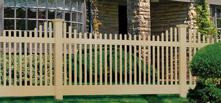chestnut stepped crossbuck style decorative fence - Decorative Fencing